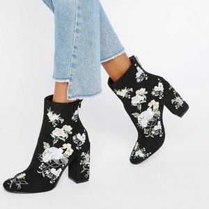 NWT Miss Selfridge Embroidered Boot